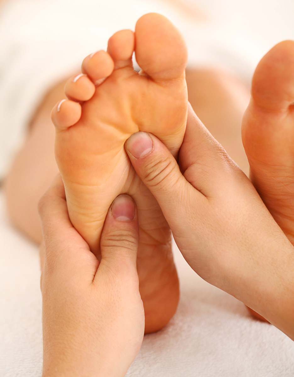 leeds reflexology therapist therapy massage leeds
